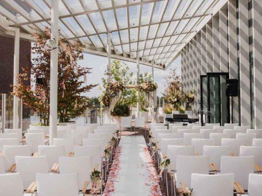 Aankleding bruiloft Maaspoort